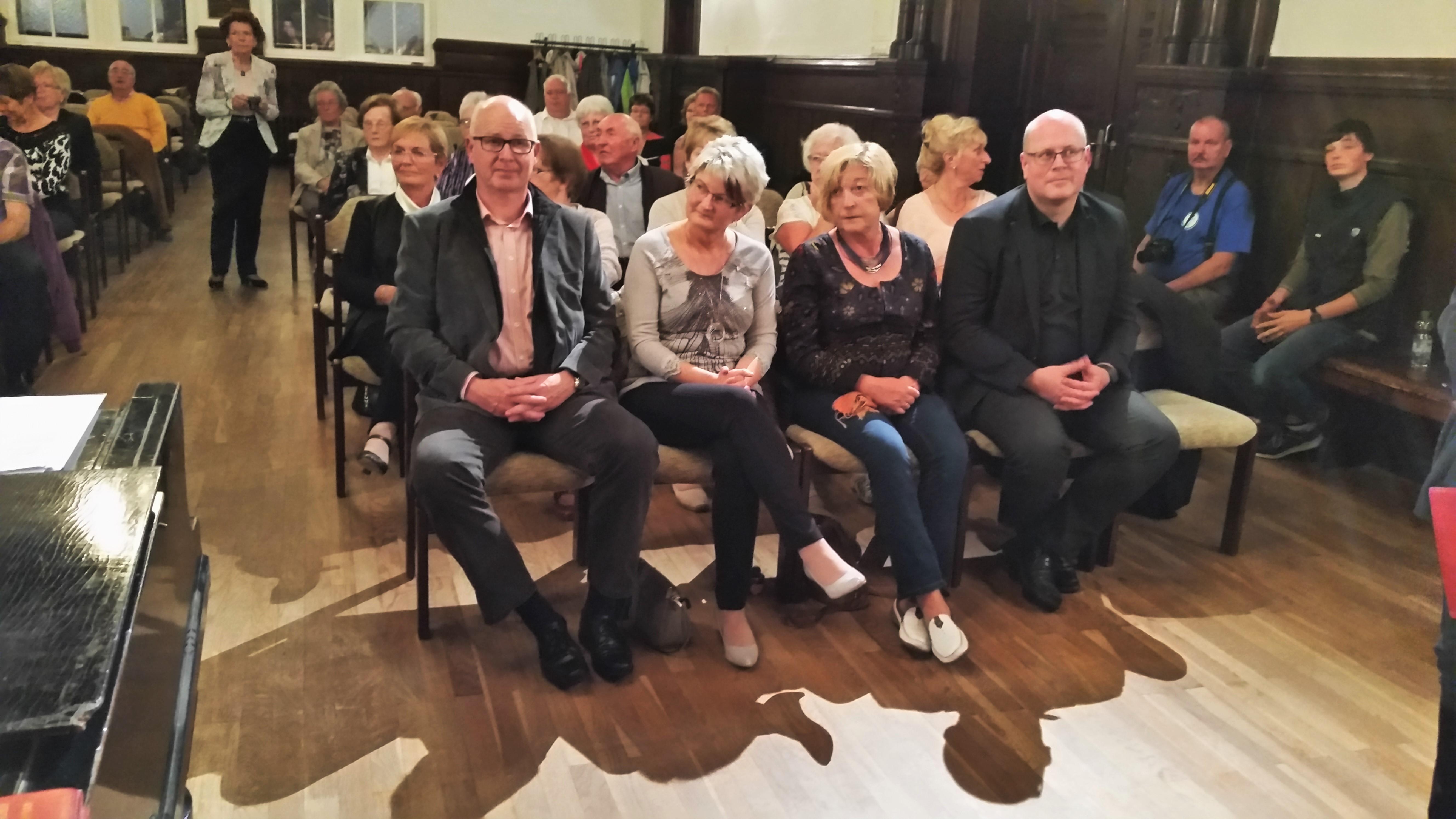 Oberbürgermeister R. Scheler, Eilenburg – sowie Bürgermeister M. Merle, Butzbach